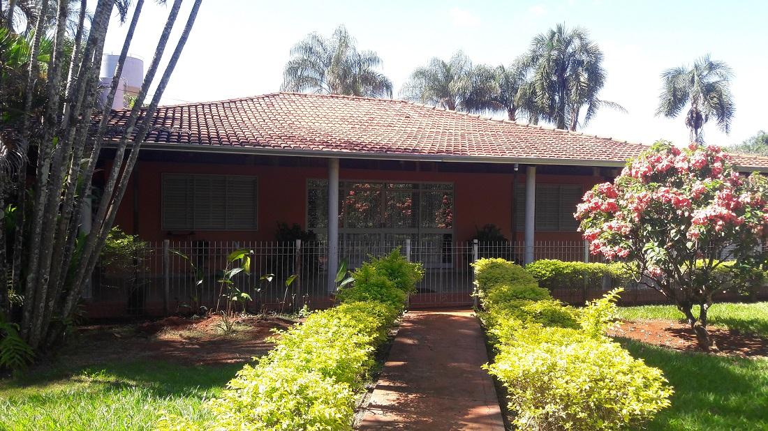 Linda Casa em Condomínio Fechado - Parque dos Cisnes